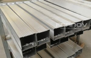 aluminum post for fence-fonnovaluminium